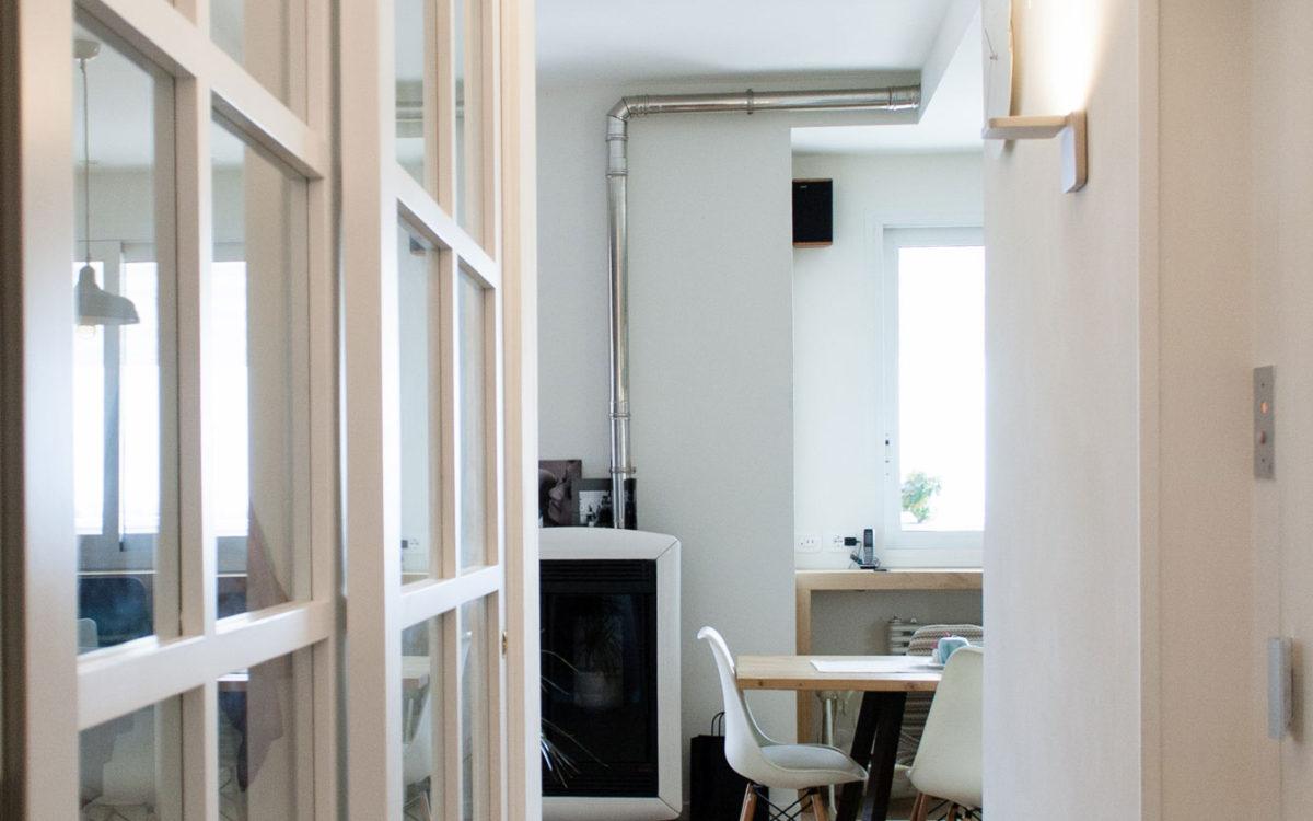 Ingresso, porta vetrata, scorrevole, vintage, parquet, pellet, nordic style